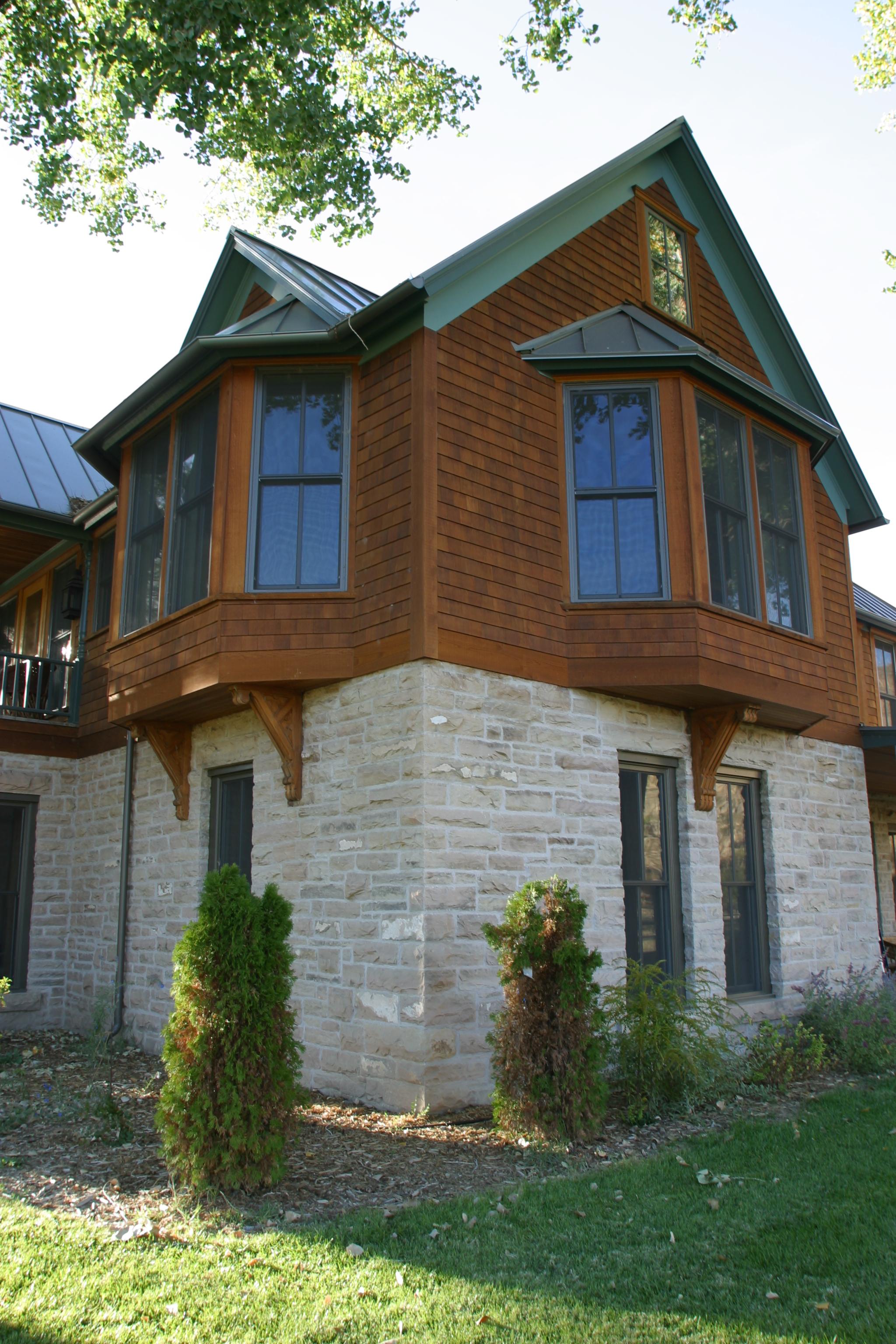 Loma House